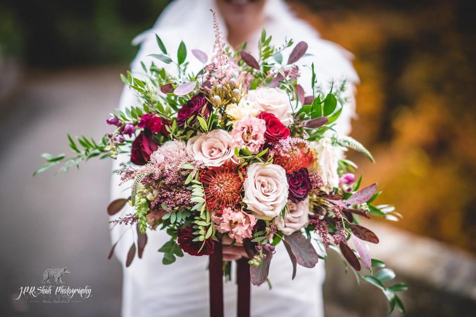 Dalhousie Castle - Lush autumnal bridal bouquet