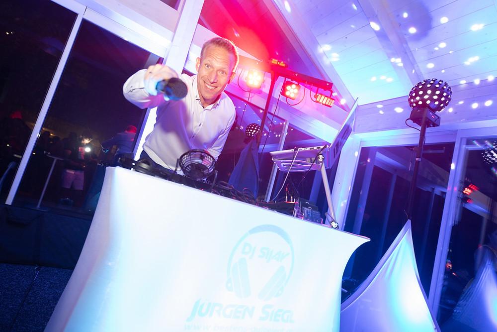 DJ Jürgen Siegl, Foto @Jean von Luelik/ Blog Wortverlesen