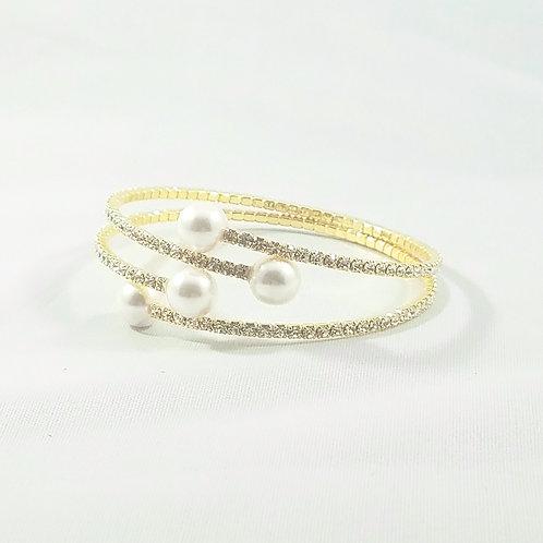 4 Pearl Bangle Gold