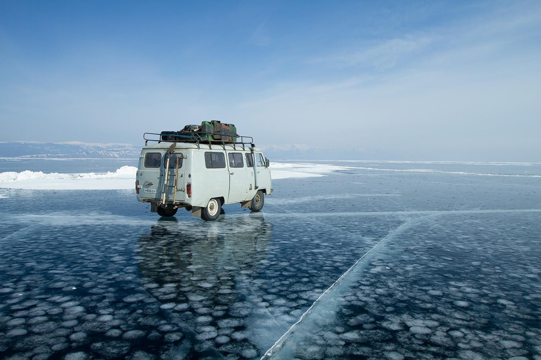 Le Baikal, de glace et d'eau