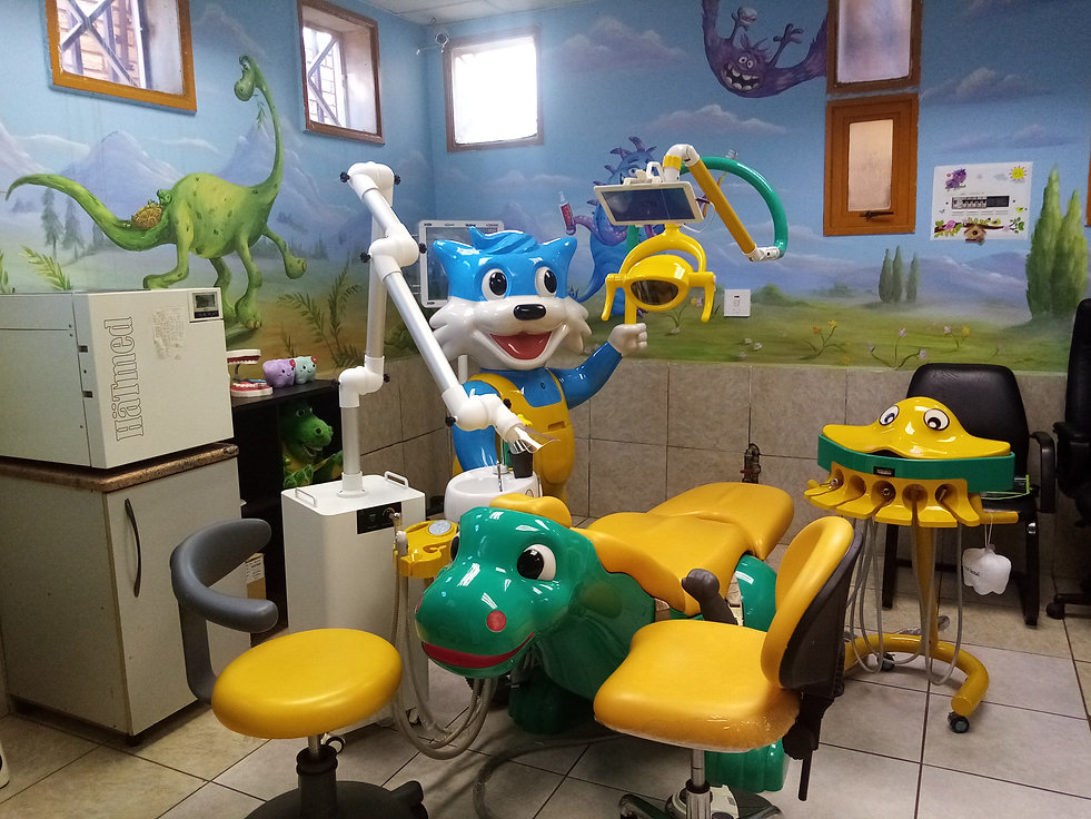 kids surgery with external suction.jpg