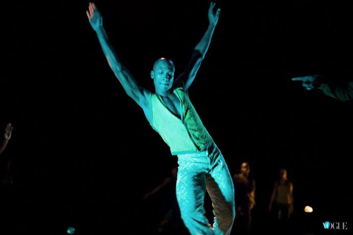 alvin-ailey-dance-6_155811853214.jpg_article_gallery_slideshow_v2
