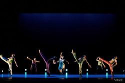 alvin-ailey-dance-5_155810449682.jpg_article_gallery_slideshow_v2