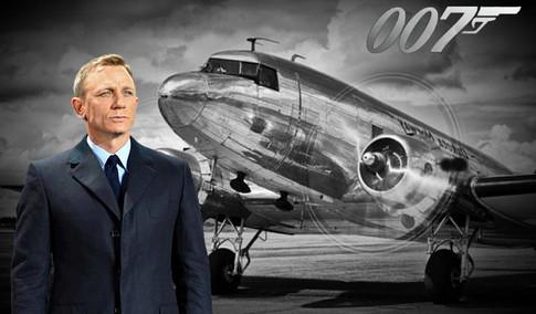 dc-3-dakota with James Bond 007jpg