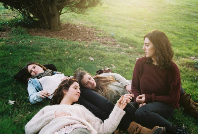 Ellas: Independent Women | Agata's Friends