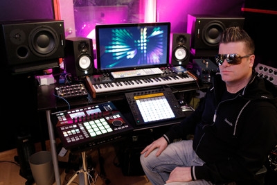 The Musicman - Producer Mike Oz
