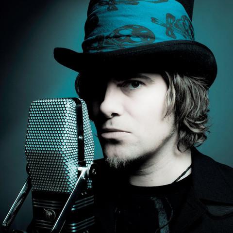 Mike Oz - The Musicman