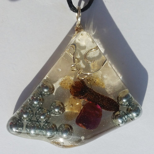 Pendant for Energizing, Love and Self Confidence