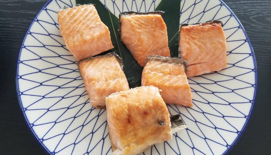 サーモン塩焼き(小)