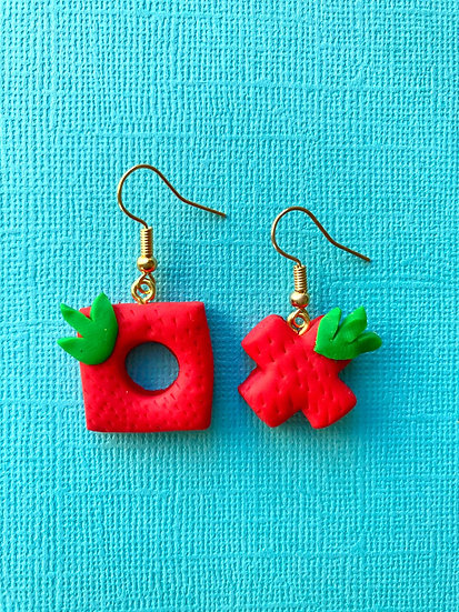 Strawberry Quearrings