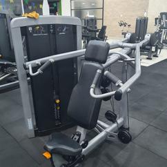 Desenvolvimento Ombro Life Fitness.png