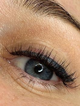 Eyelash Extensions Hybrid - Mix of Class