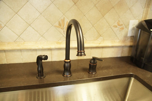 Single Handle Kitchen Faucet 8002 012 08