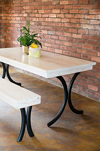 Benchly Tables