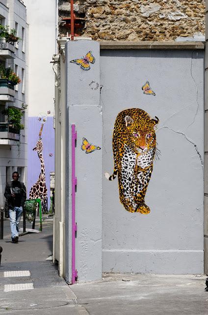 mosko fresque leopard papillon
