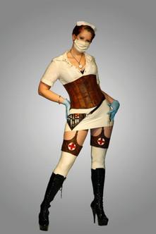 """Dette projekt var faktisk en del af min endelige eksamen på min uddannelse. Jeg skrev en opgave om """"Sygeplejersken"""", og modsætningen i, hvordan hun både kan ses som en dominerende skræmmende figur og som blid frelser."""