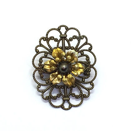 Brooch Brown
