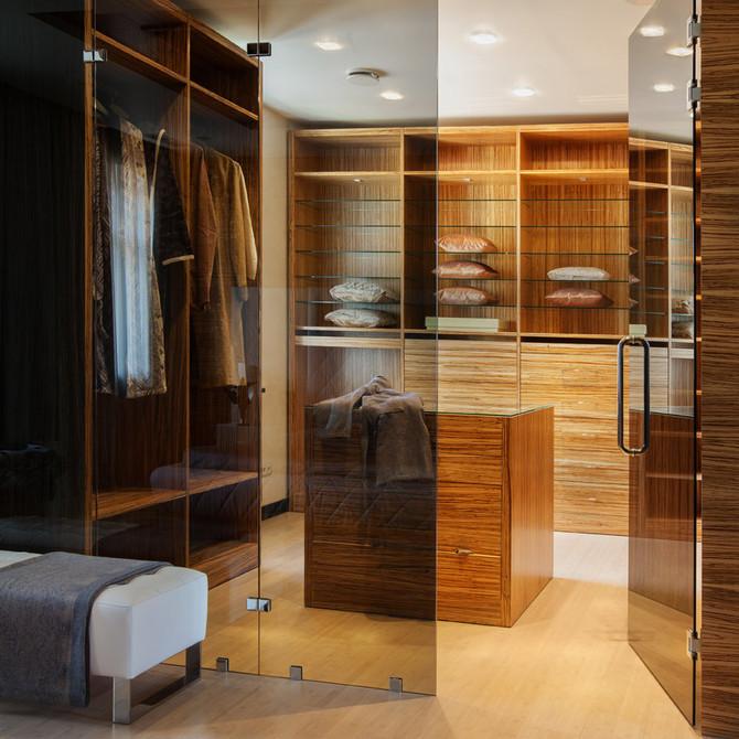 Как правильно организовать гардеробную?