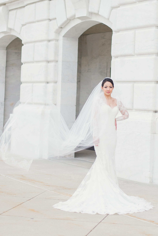 elegant-classic-high-end-dia-detroit-institute-art-wedding-photo-1-10