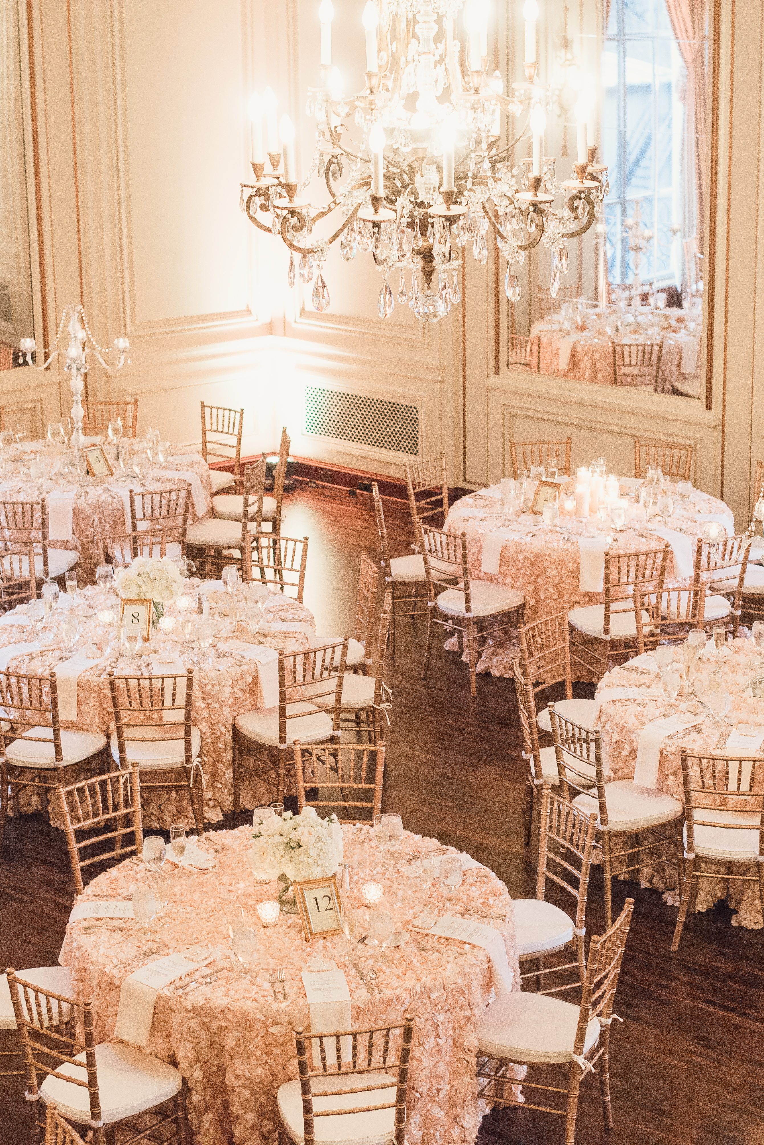 high-end-elegant-luxury-classic-colony-club-detroit-michigan-wedding-photo-1