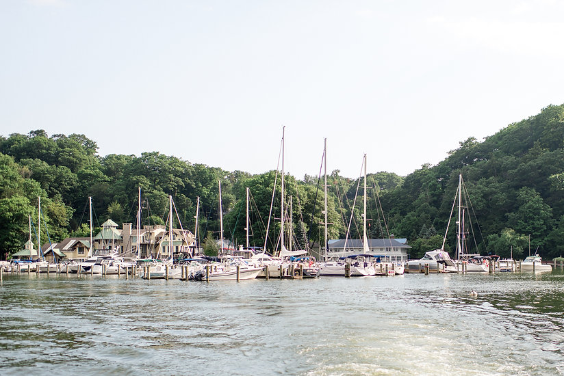 lake-michigan-boatwerks-summer-wedding-p