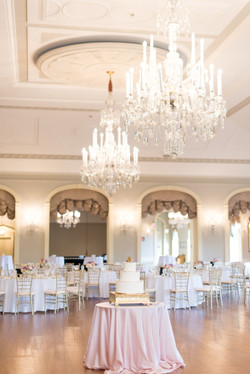 lovett-hall-dearborn-michigan-henry-ford-museum-classic-high-end-wedding-photo-122