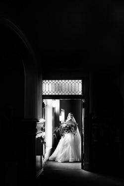 city-downtown-cleveland-public-library-wedding-photos-1-2
