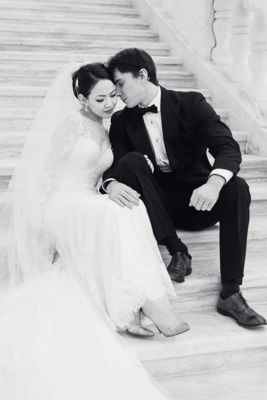 elegant-classic-high-end-dia-detroit-institute-art-wedding-photo-1-6