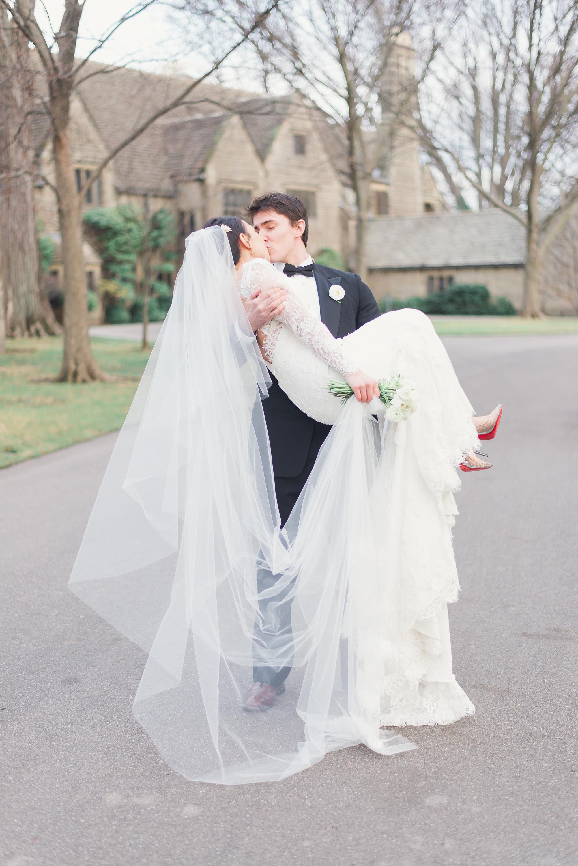 elegant-classic-high-end-dia-detroit-institute-art-wedding-photo-1-21