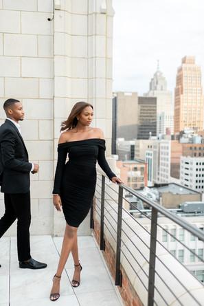 detroit-rooftop-city-skyline-engagement-