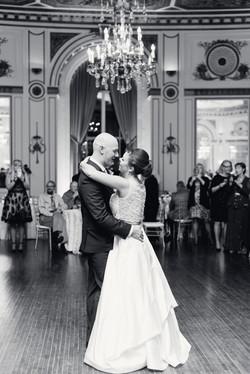 elegant-colony-club-detroit-mi-high-end-wedding-photo-1-6