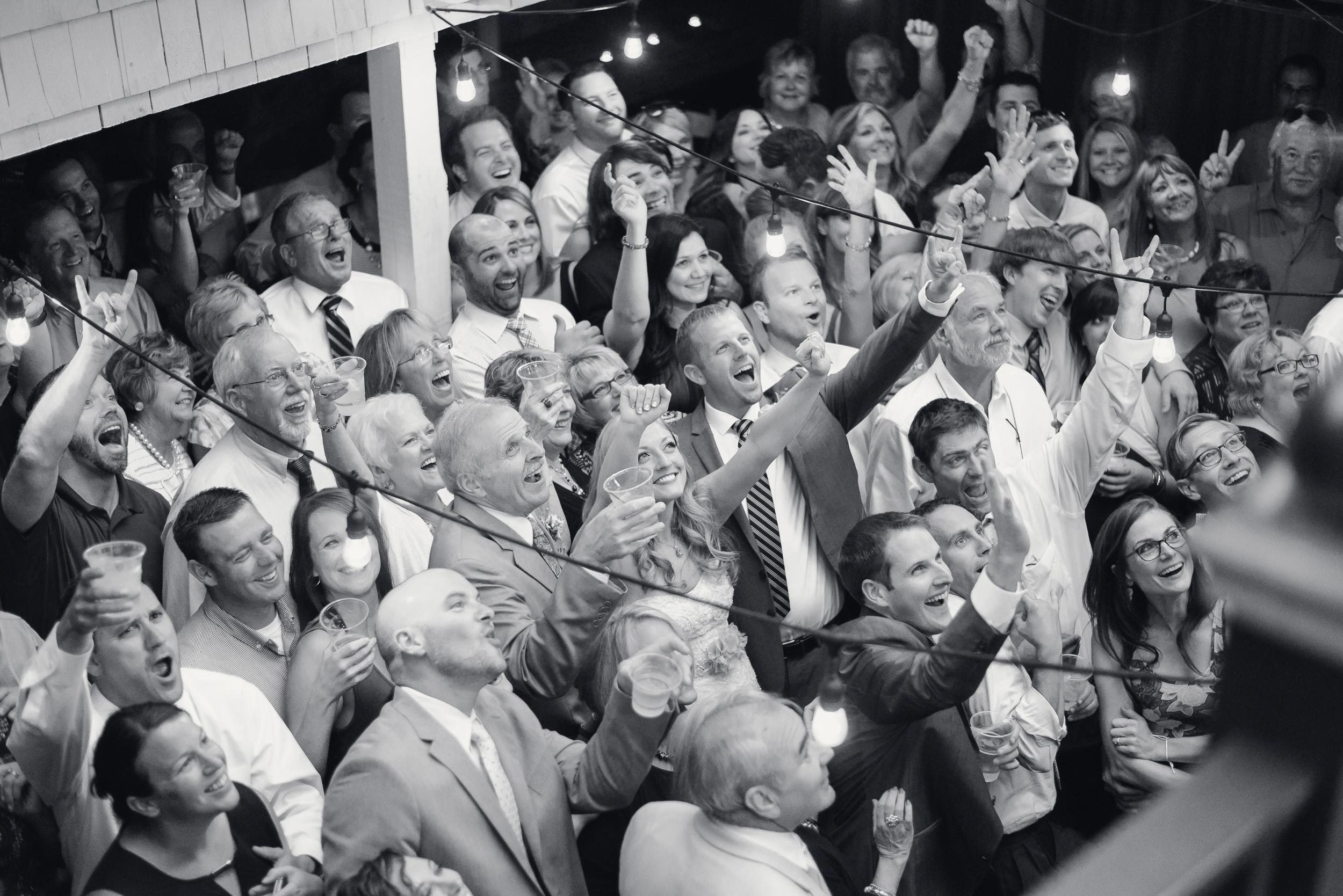 willowbrook-mill-northport-michigan-leelanau-peninsula-wedding-photo-1-23
