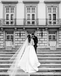 grosse-pointe-war-memorial-wedding-photo