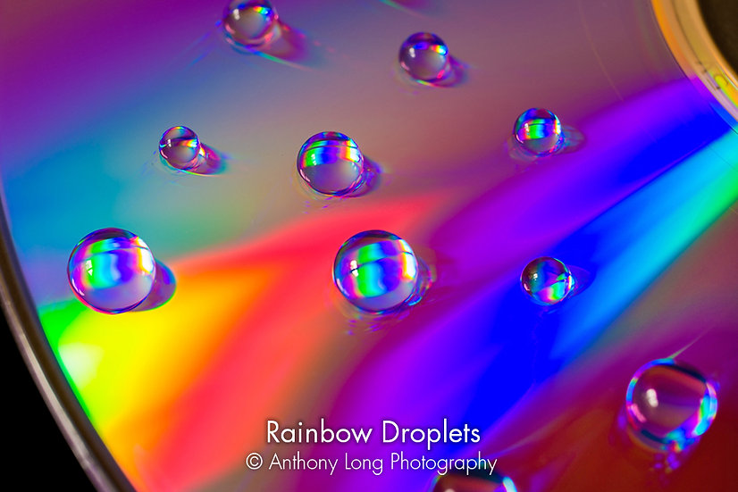 Rainbow Droplets