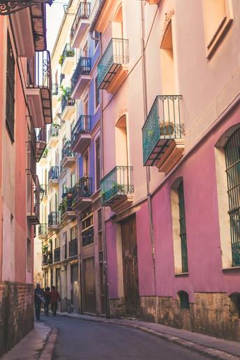 alley-architecture-balconies-1799939.jpg
