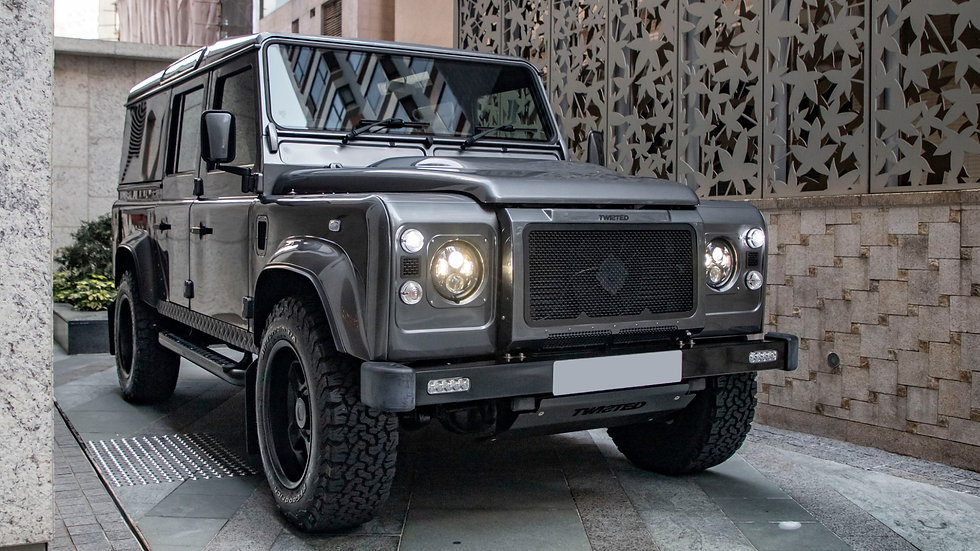 2015 Twisted Land Rover Defender 110 V8 Automatic