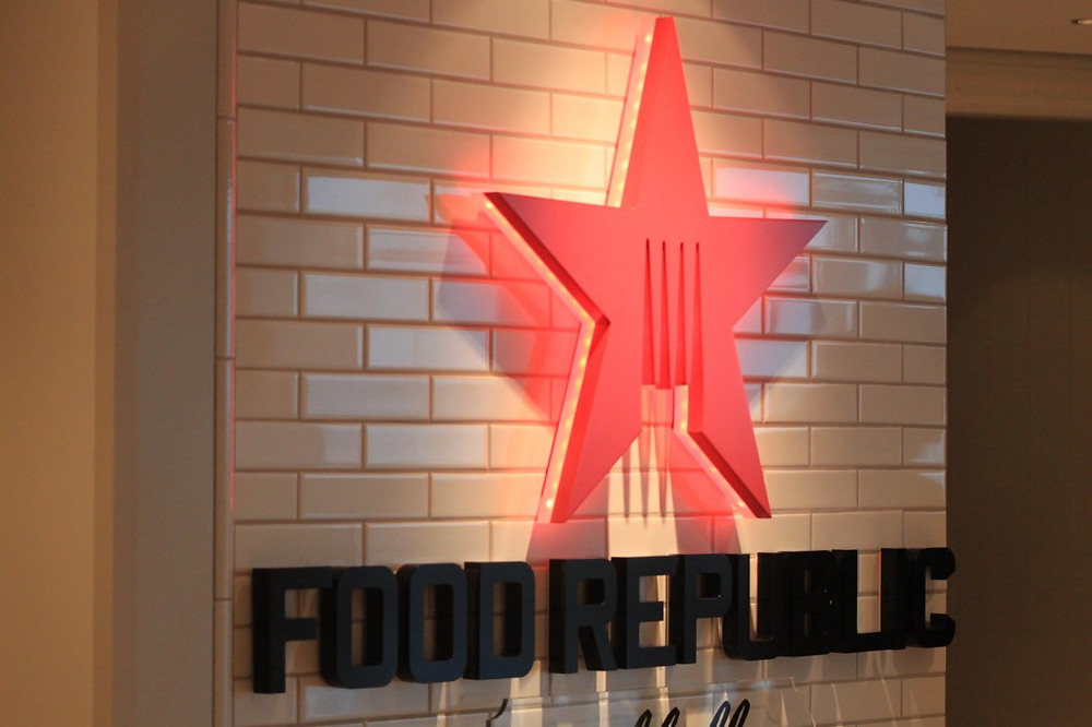 Guests order from iPads in Food Republic
