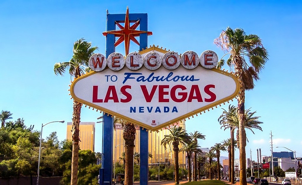 The Famous Las Vegas Sign courtesy of Pixabay