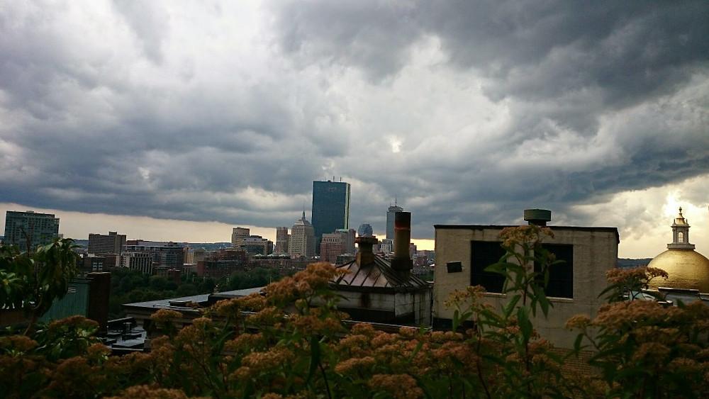 Storm approaching Boston