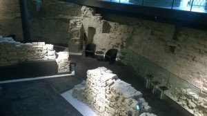Ruins of the city wall in the basement of the Relais Lorenzo