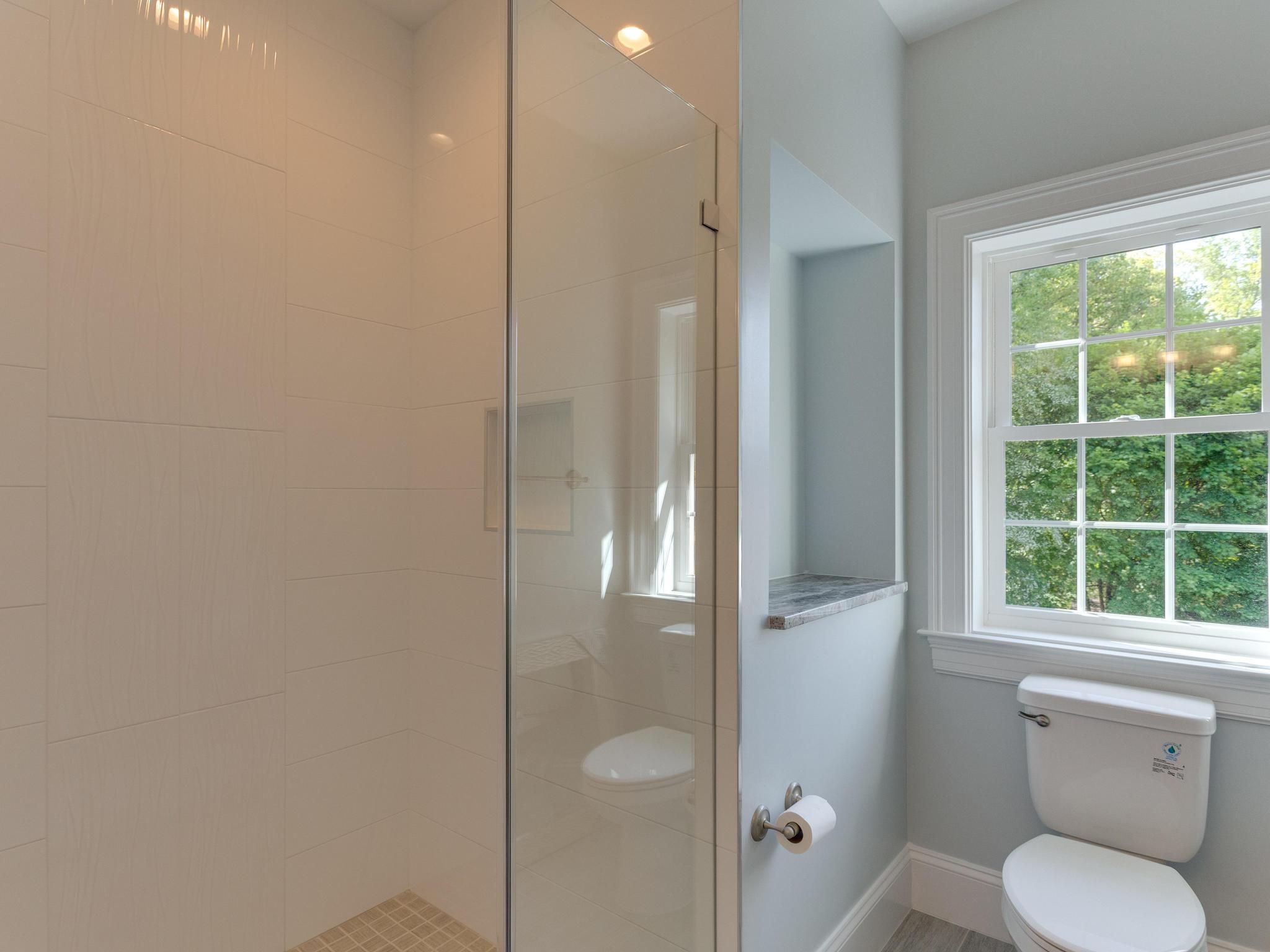 110 Melody Ln SW Vienna VA-MLS_Size-069-94-Bathroom-2048x1536-72dpi