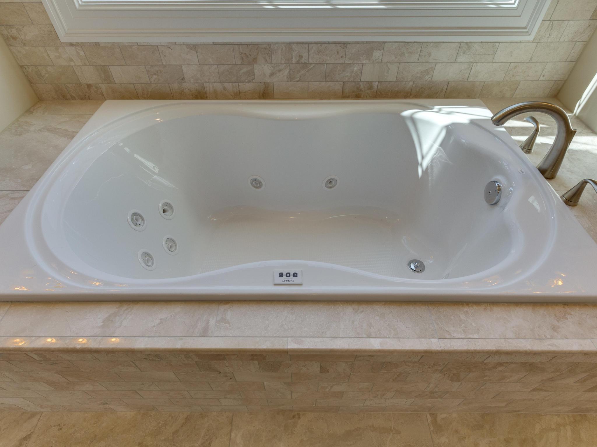 110 Melody Ln SW Vienna VA-MLS_Size-049-40-Bathroom-2048x1536-72dpi