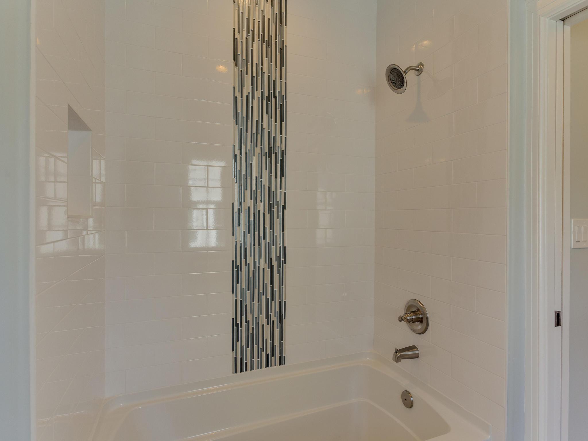 110 Melody Ln SW Vienna VA-MLS_Size-083-71-Bathroom-2048x1536-72dpi