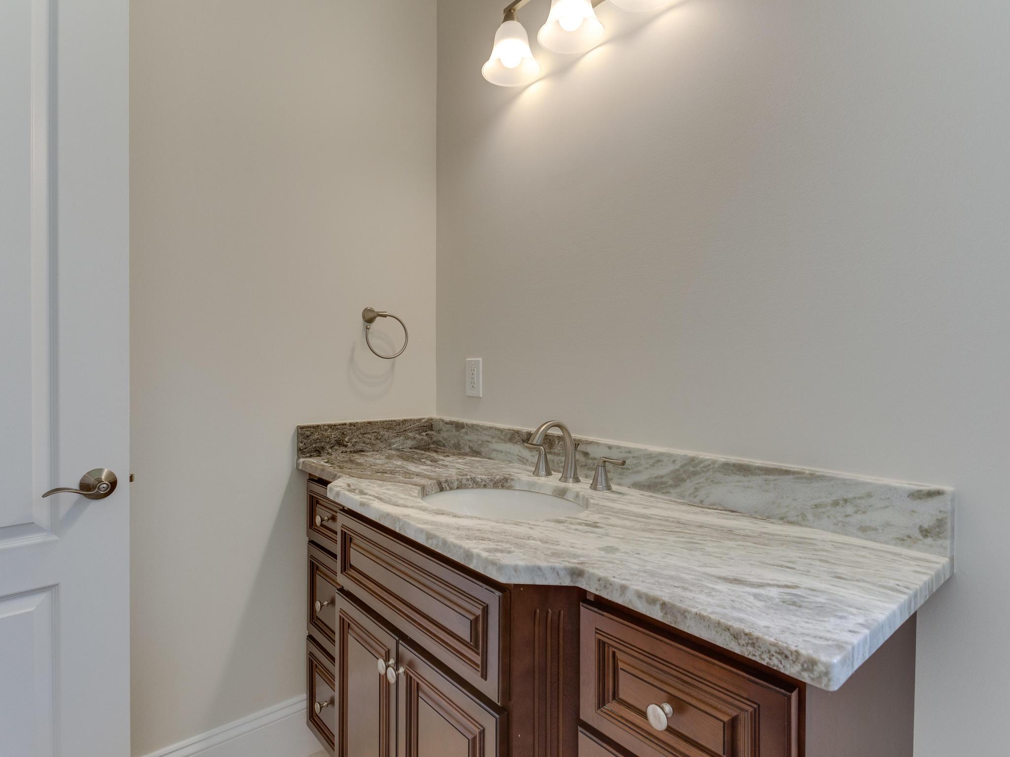 110 Melody Ln SW Vienna VA-MLS_Size-020-99-Bathroom-2048x1536-72dpi