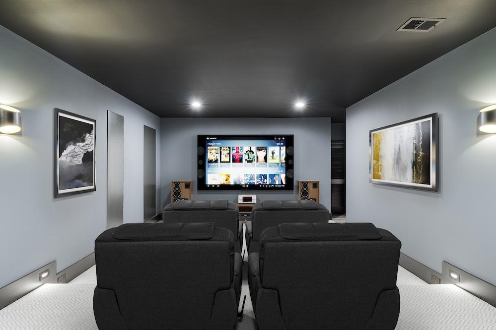 Theater room edit VS-min