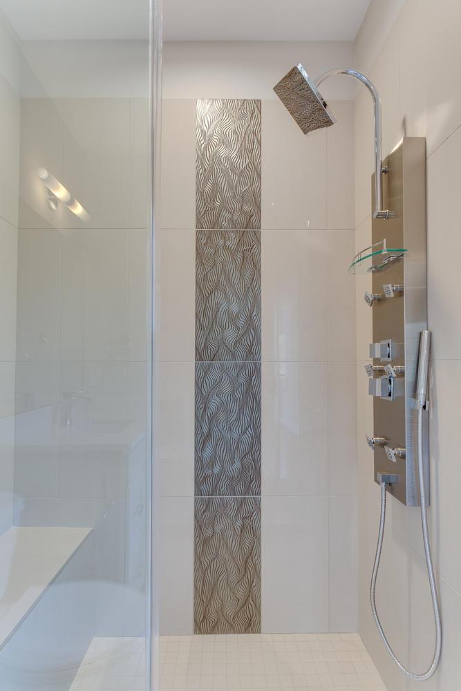 1712 Linwood Pl McLean VA-large-075-46-Bathroom-667x1000-72dpi