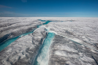 Rivers on the Inland ice sheet
