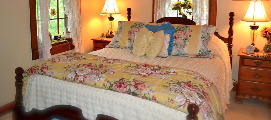 Queen Bed, bed & breakfast, Lancaster PA
