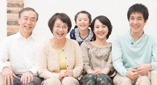 家族笑顔写真.jpg