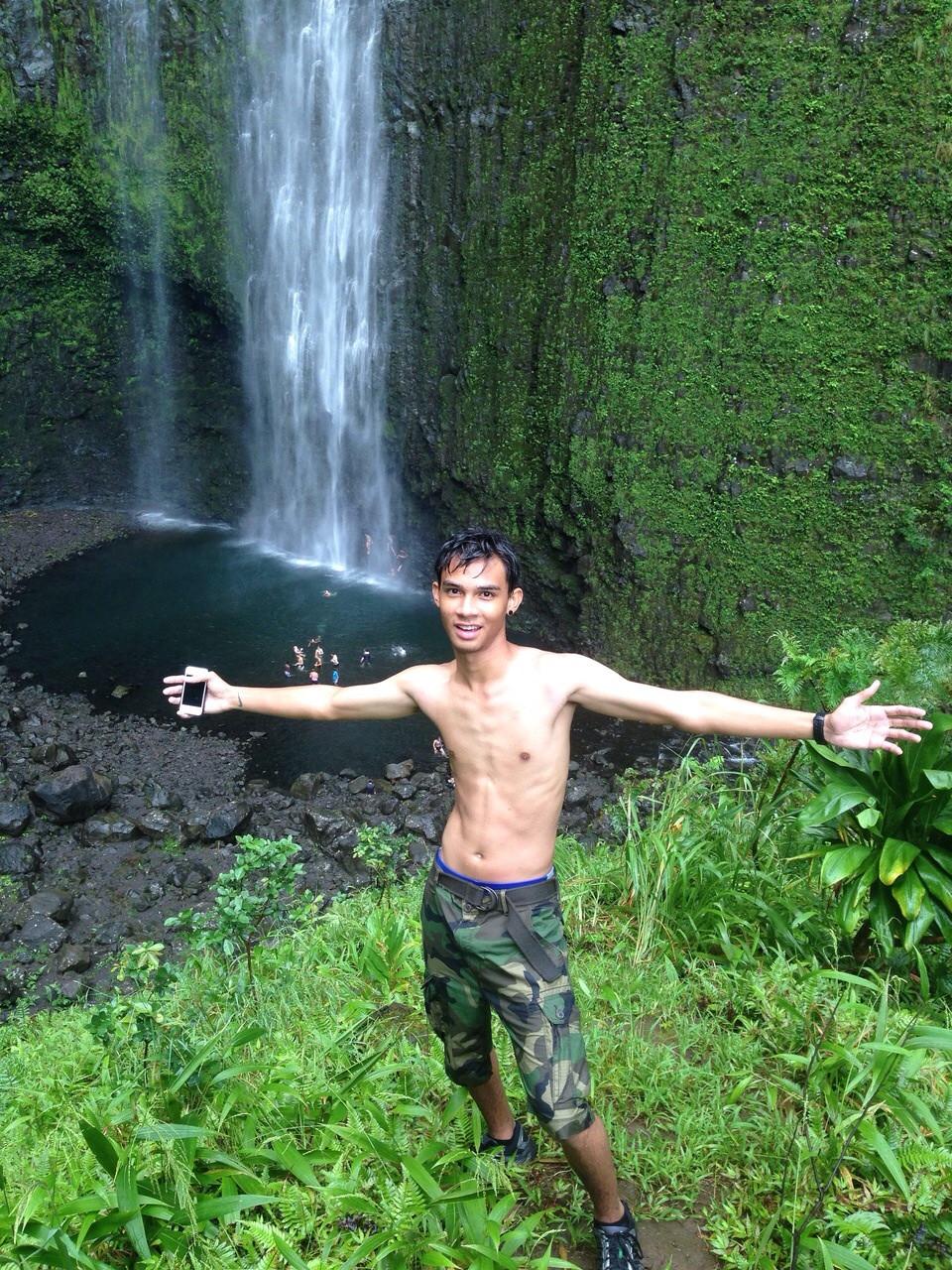 Student in Hawaii.jpg